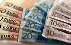 10,- 20,- und 50-Euro Banknoten.