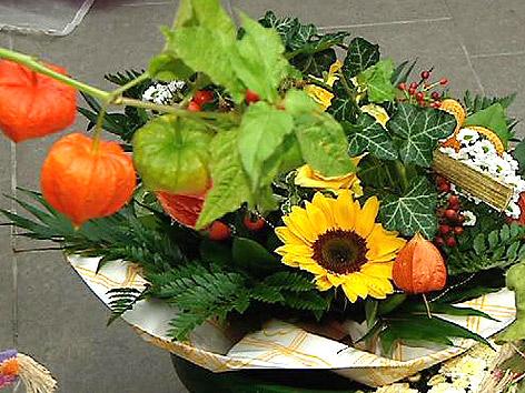 Herbstdekoration Blumenstrauß