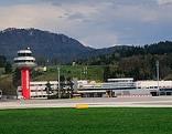 Flughafen Klagenfurt Airport von Landebahn aus