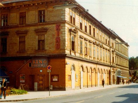 Prechtlkino Klagenfurt von außen 1970