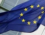 Die EU-Flagge weht im Wind