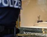 Polizist nach Überfall auf Juwelier Kornmesser in der Wiener Innenstadt