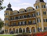 Schlosshotel Velden von außen
