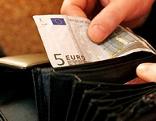 Geldbörse mit 5-Euro-Schein