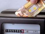 Stromzähler; 50-Euro-Schein