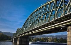 Eisenbahnbrücke in Linz