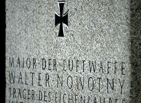 Das Grab des Luftwaffenmajors Walter Nowotny am Wiener Zentralfriedhof