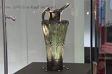 Die keltische Schnabelkanne vom Dürrnberg im Keltenmuseum Hallein