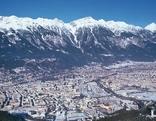 Innsbruck mit Nordkette im Winter
