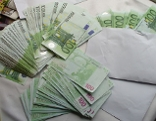 Bargeld in Kuverts