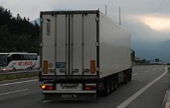 Autobahn Walserberg Grenzübergang Bayern Verkehr Straße Fernverkehr Lkw Lastwagen EU Grenze Europäische Union Straßenverkehr