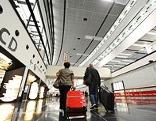 Innenansicht des Terminals Check-In 3 Flughafen Wien