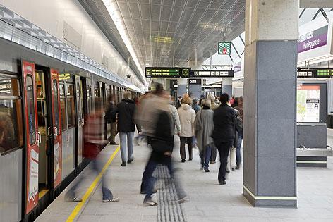 Fahrgäste der U-Bahn
