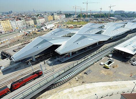Blick auf dem im Bau befindlichen Hauptbahnhof am Montag, 6. August 2012