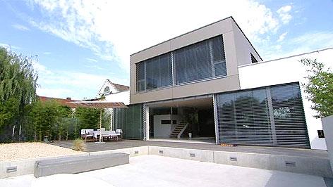 Modernes Haus am See - Burgenland heute