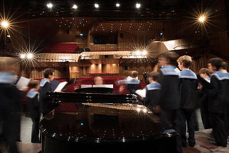 Sängerknaben im neuen Konzertsaal