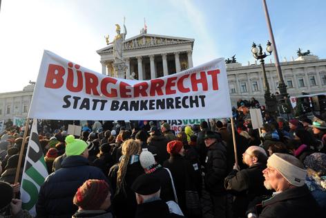 """Waldviertler"" -Demonstration vor Parlament"