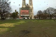Sigmund Freud Park vor der Votivkirche nach Räumung des Asylwerber-Camps