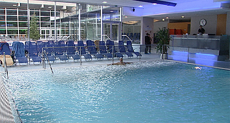 Thermen Therme Schwimmbad Bad Gastein Felsentherme Hallenbad