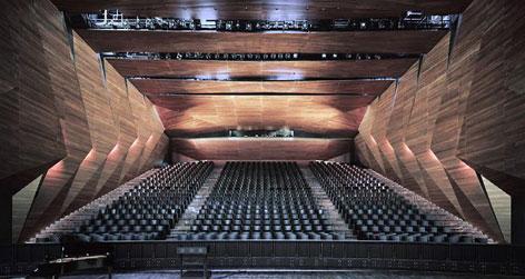 Im Inneren des neuen Festspielhauses Erl