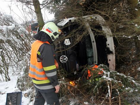 Unfall Klein-Lkw A8