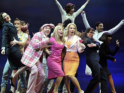 Szene der Bühnenprobe aus dem Musical Natürlich Blond