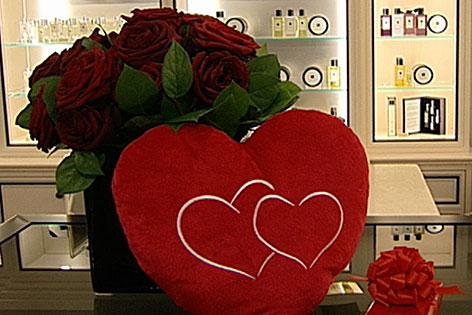 Schön Rote Rosen Zum Valentinstag