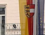 Landesregierung Arnulfplatz Flagge Kärntner Fahne EU