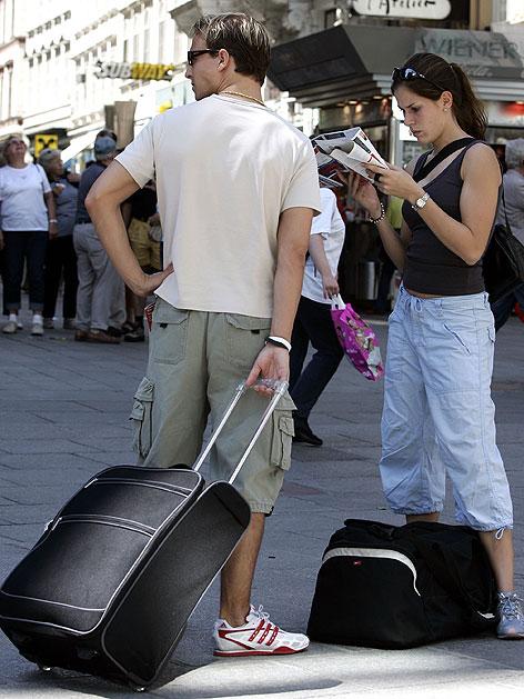 Touristenpaar in der Wiener Innenstadt