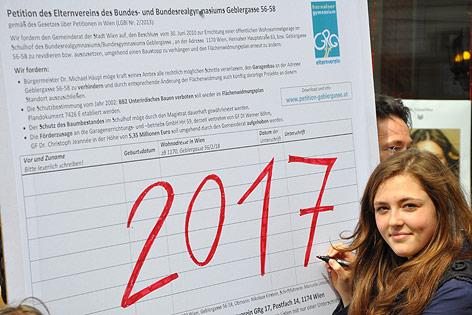 Protestmarsch der SchülerInnen des Hernalser Gymnasiums Geblergasse