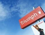 Triumph-Schild