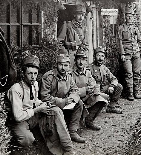 Erster Weltkrieg Gedenkjahr 2014 Schützengraben im Salzburger Volksgarten