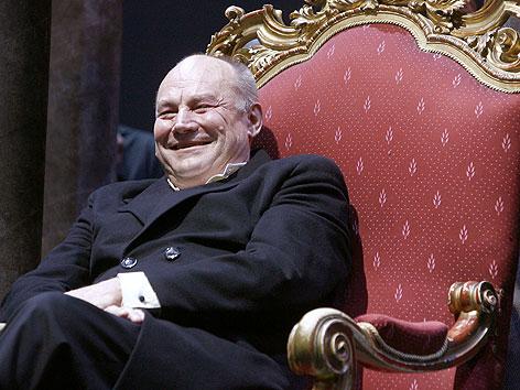 2008 erhielt Klaus Maria Brandauer im Burgtheater die Ehrenmitgliedschaft