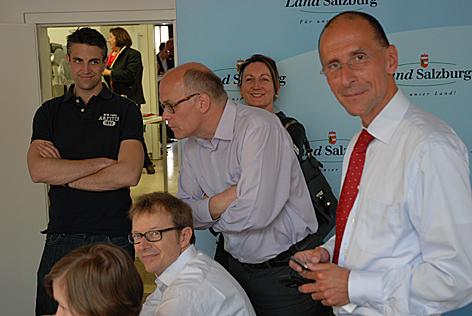 Peter Filzmaier und sein Team der Meinungsforscher