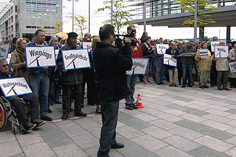 Demonstration vor dem Landhaus