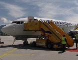 Turkish Airlines Flugzeug Flieger Flughafen Touristen Urlaub Flug