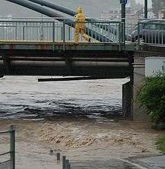 Hochwasser Staatsbrücke Nonntaler Brücke