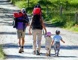 Ausflug Kinder Familie Wandern Sommer