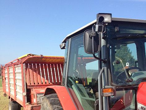 Wildwarnung Warnsystem Wild Traktor