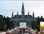 Filmfestival auf dem Rathausplatz