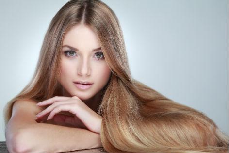 Es ist gut, das Klettenwurzelöl vom Haar auszuwaschen