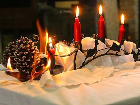 Feuer Adventkranz Adventgesteck