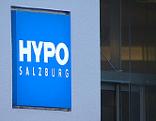 Hypo Bank Schild