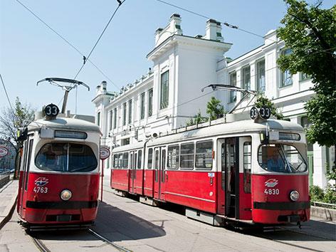 Alte Straßenbahnen in Wien