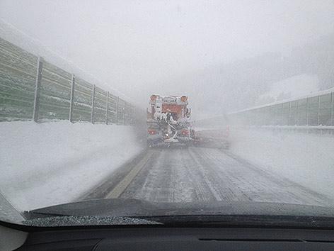 Gmünde Schneepflug A10 Tauernautobahn