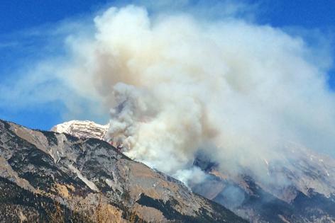 Waldbrand von Hall aus