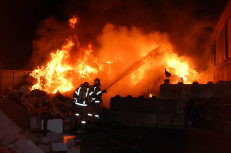 Feuerwehreinsatz auf Mülldeponie