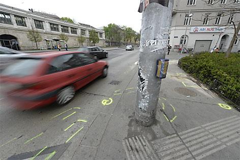 Unfall am Gürtel: Fußgängerin von Auto gerammt und getötet. Im Bild: Unfallstelle