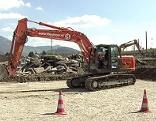 Bagger auf Baustelle bei der A1 bei Salzburg Mitte