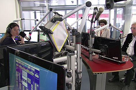 """Blick ins Radio-Salzburg-Studio während der """"Mittagszeit"""""""